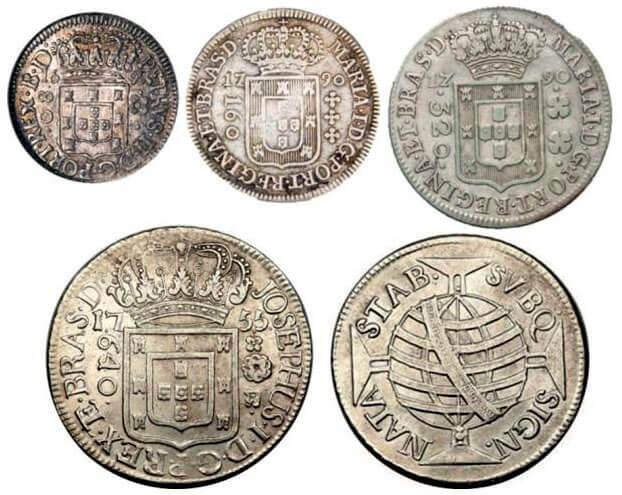 Moedas de prata de 80, 160, 320 e 640 réis do período colonial do Brasil